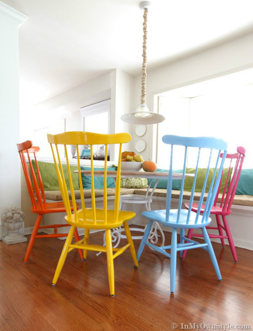 table_chairs_4