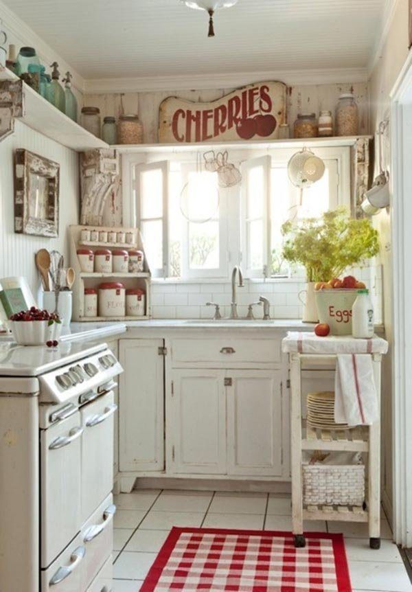 Shabby Chic Style - Red accents |