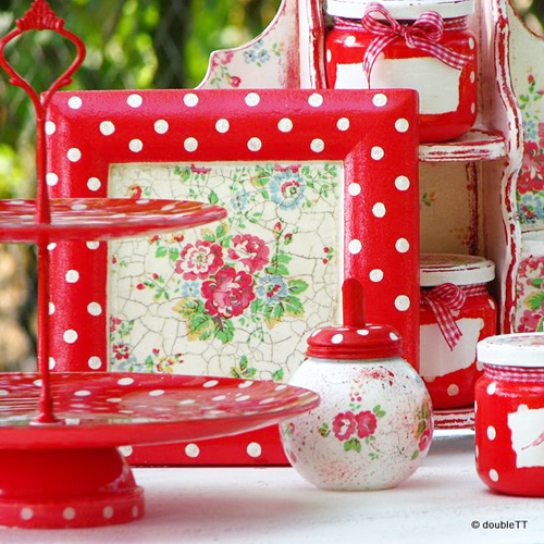 Shabby Chic Red Leading