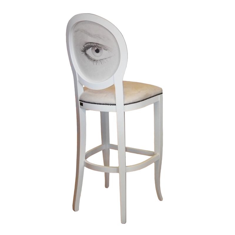 scaun-medalion-de-bar-cu-ochi-pe-spatar_1