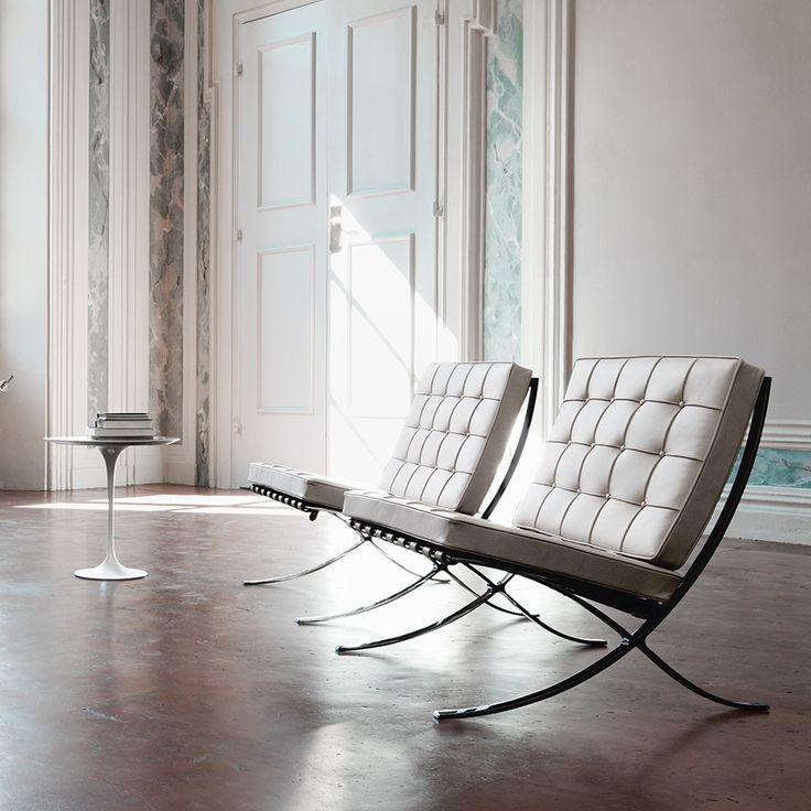 barcelona_chairs_classic_white