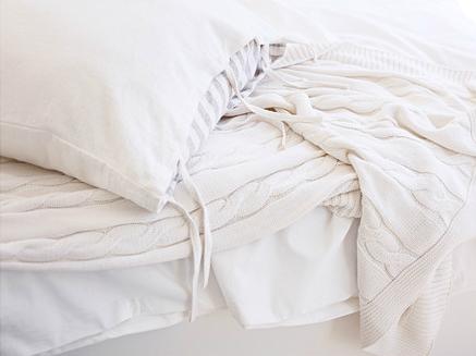ursula-white_blanket_ikea