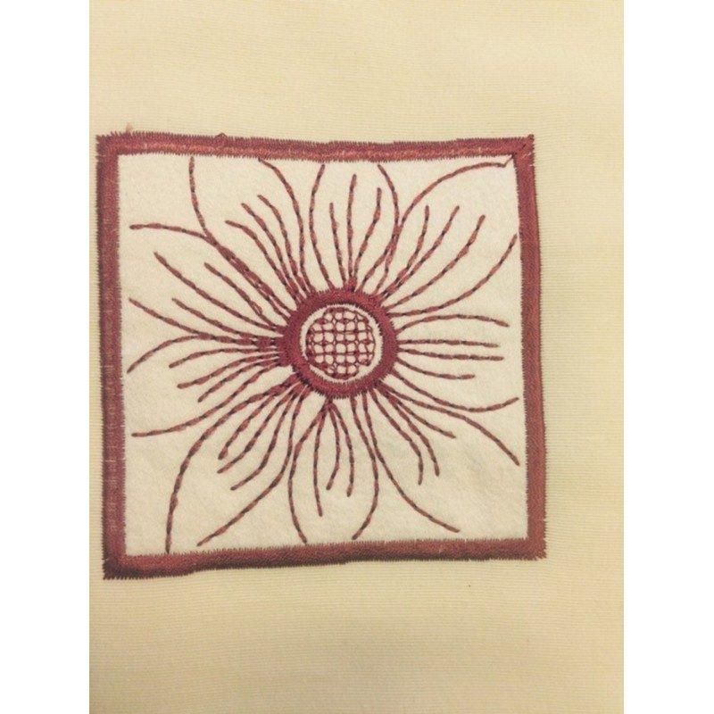 perdea dus floare rosie Cloe detaliu