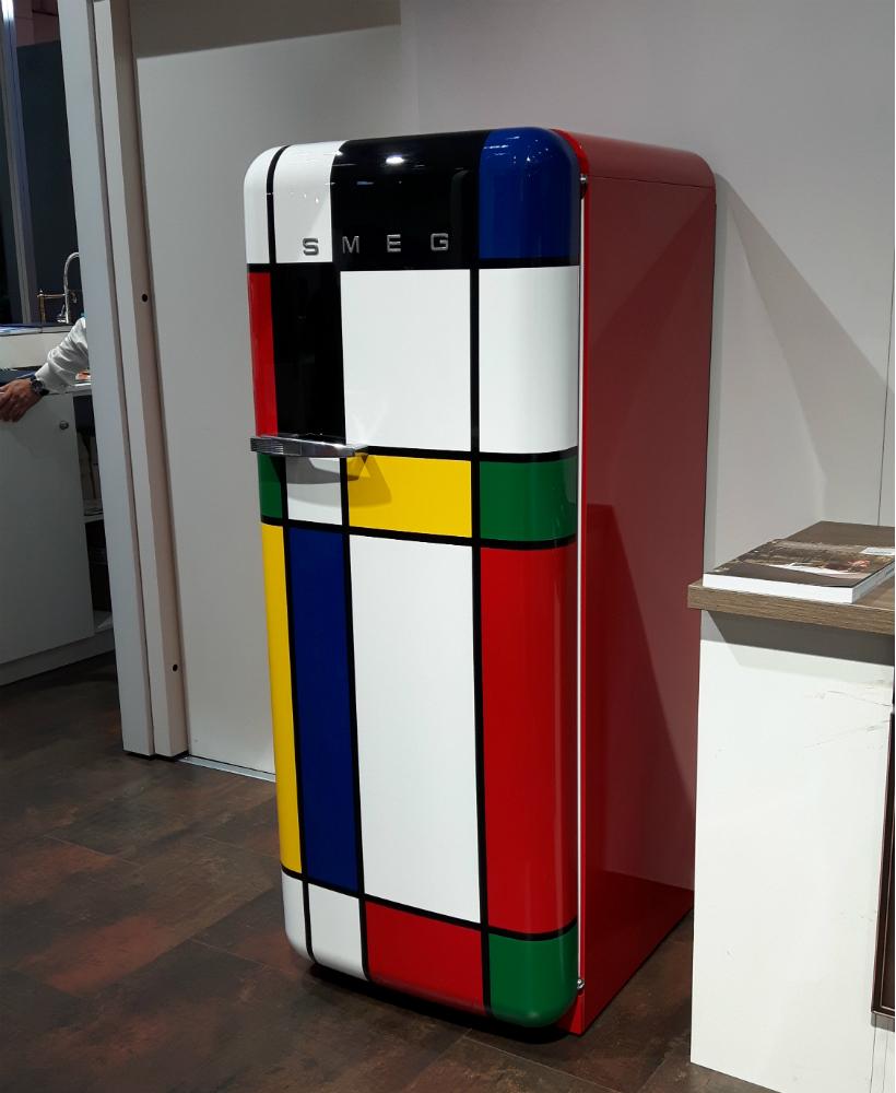 frigider-smeg-multicolor