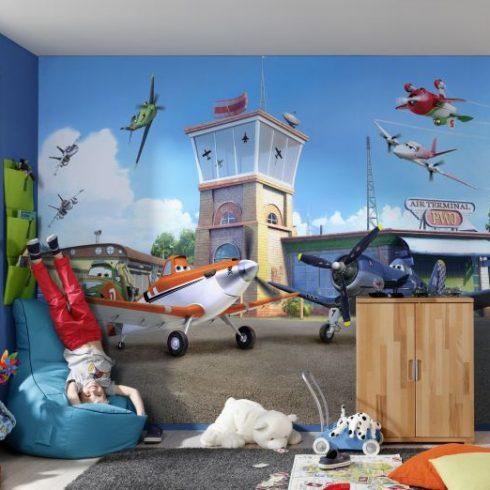 Fototapet Planes - Garajul Avioanelor Komar