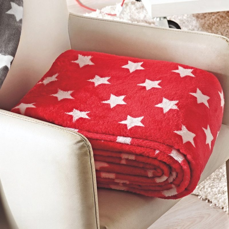 Patura cu stelute rosie pufoasa Stars - Catalog