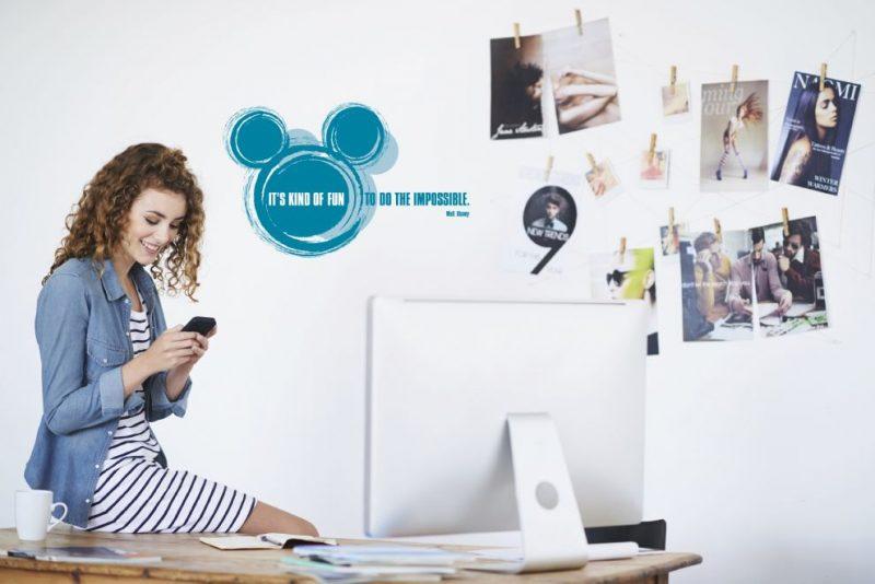 """Sticker Disney - """"It's kind of fun"""" Opera"""