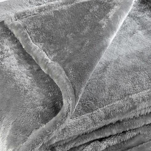 Patura gri pufoasa - Pilonga Detaliu