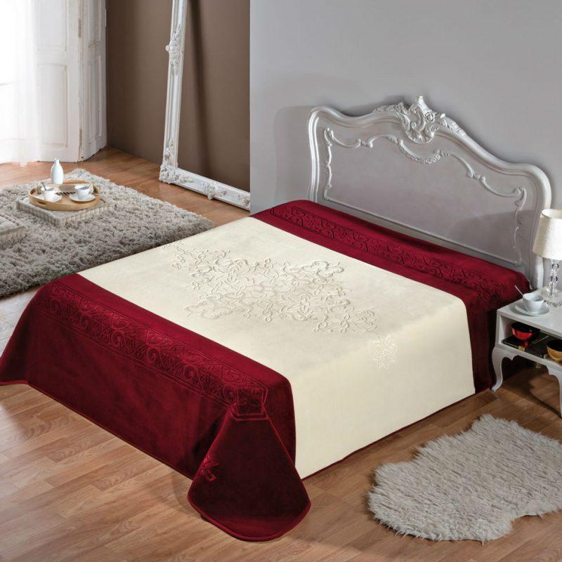 Cuvertura dormitor embosata - Bordeaux catalog