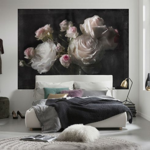 Fototapet trandafiri pe panza neagra - Catalog