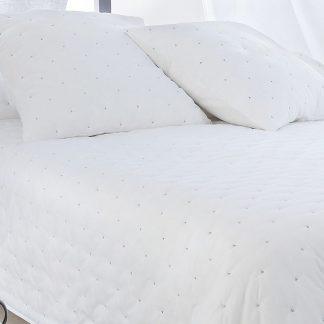 Cuvertura pat alba matlasata din bumbac Leonie Detaliu 1