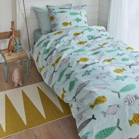 Lenjerie pat copii turcoaz cu pestisori Catalog