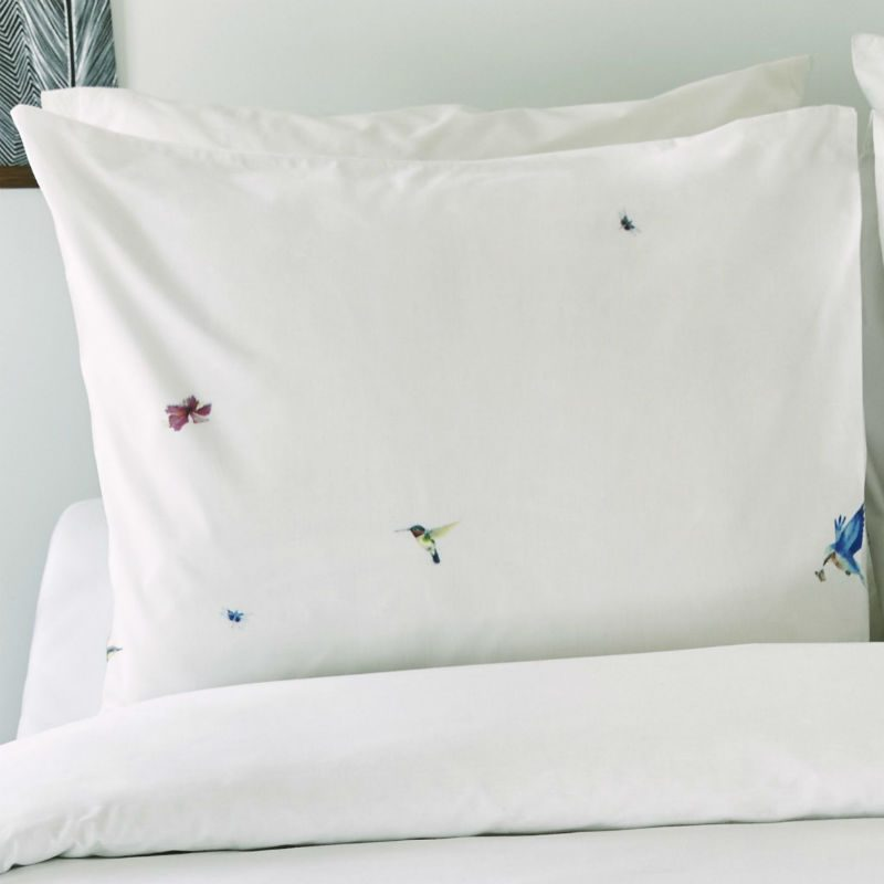 Lenjerie pentru pat alba cu pasari colibri - Detaliu 2