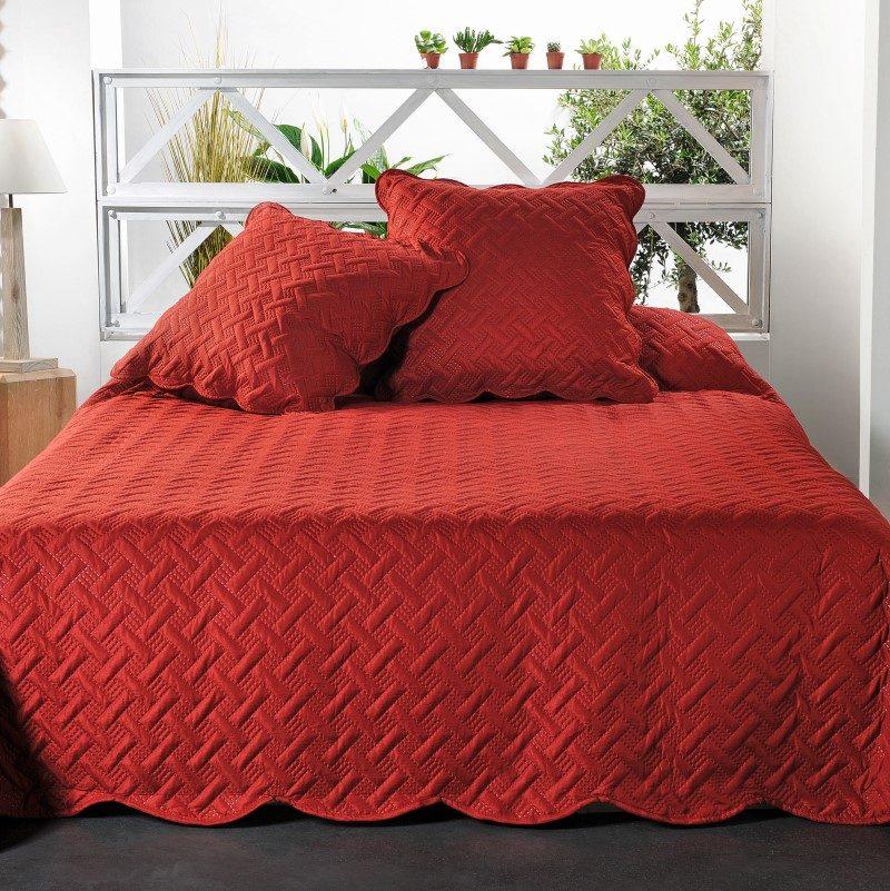 Cuvertura dormitor rosie cu fete de perna Californie - Catalog