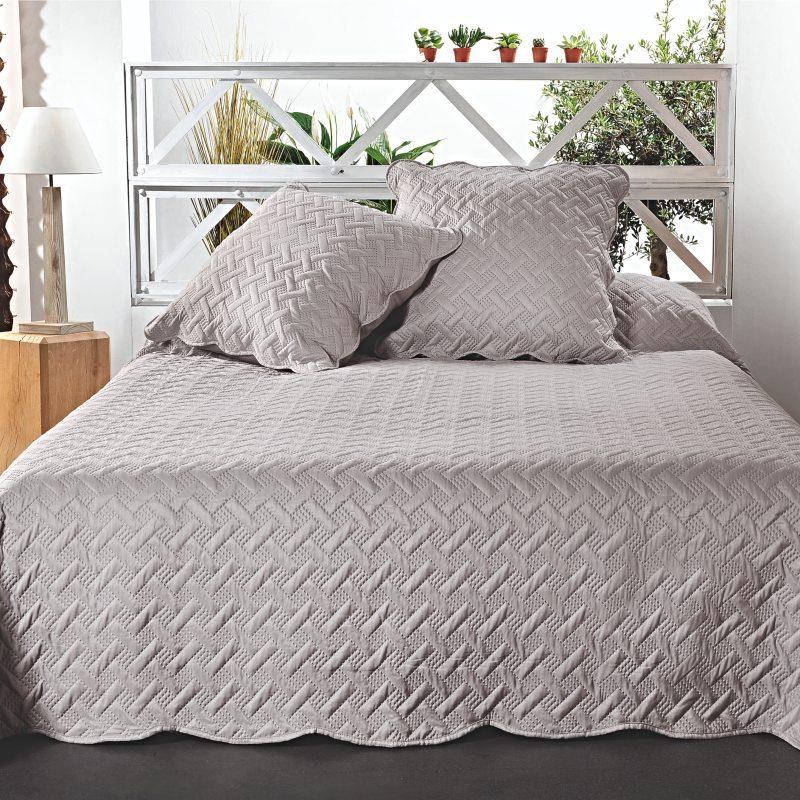 Cuvertura pentru pat gri cu fete de perna Californie - Catalog