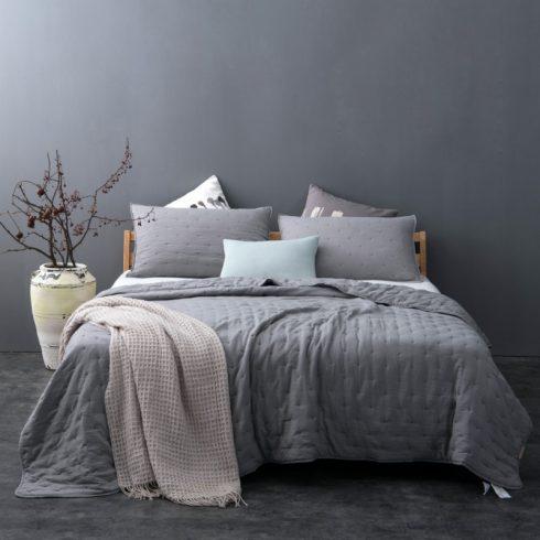 Cuvertura pentru pat moderna gri Iroise - Catalog