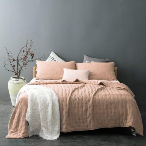 Cuvertura pentru pat moderna roz pudrat Iroise - Catalog