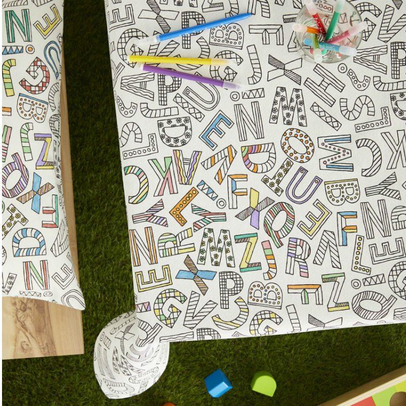 Fata de masa pentru colorat cu litere - Catalog