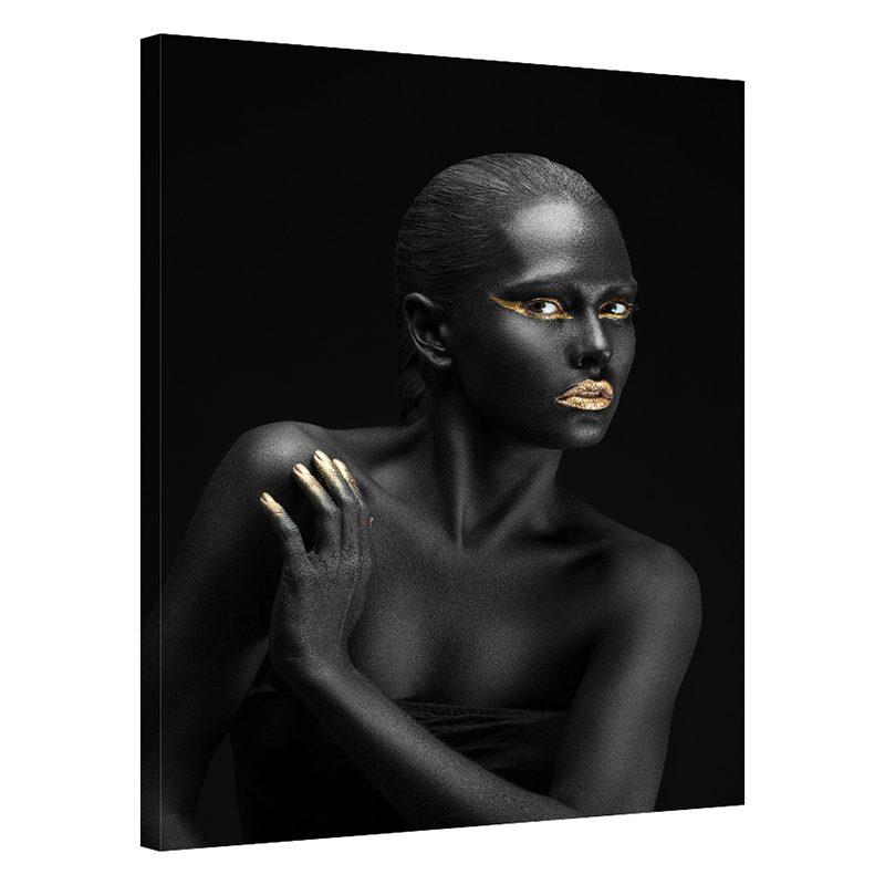 Tablou negru cu auriu femeie Shy