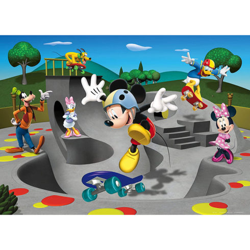Fototapet Mickey Mouse si prietenii in parc