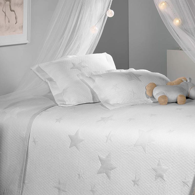 Cuvertura pat copii alba cu stelute gri Stars