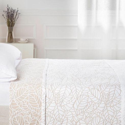 Cuvertura pat dormitor cu frunze bej Vejer